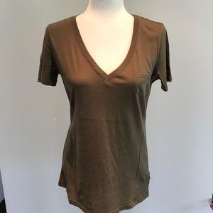 Gap olive green, v neck short sleeved tee